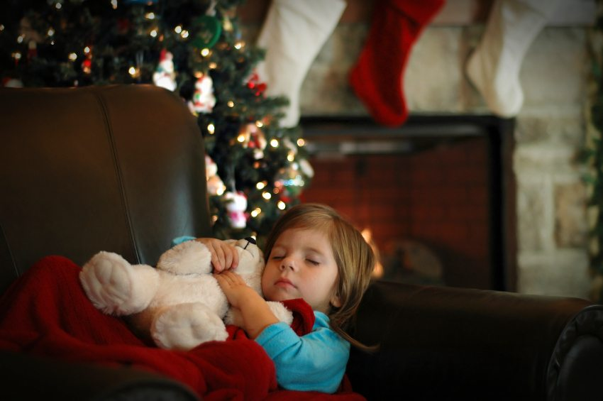 How to Get Children to Sleep on Christmas Eve